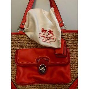 Beautiful Coach Wicker Handbag !! 👜❤️